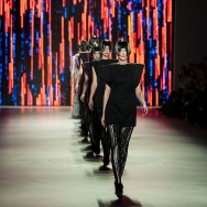 Marga Weimans A/W 2013 - Finale without acrylic panel cubes and box shaped tops