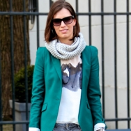 Overdose_Fashion-Population_Amsterdam-Street-Style_Green-Jacket_Pink-clutch_Grey-Scarf