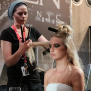 Tony Cohen ss12 Backstage - Model in hair