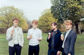 Dust and Guitars: The Crookes in Bitterzoet