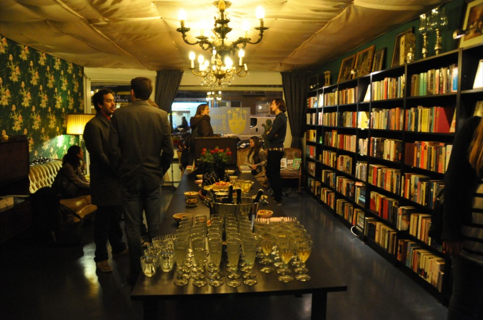 Revival of the Readers: Books & Bubbles in our moveable feast
