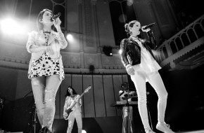 Tegan and Sara at Paradiso in twelve pictures