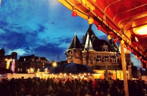 Treasure Hunt: Aprilfeesten on Nieuwmarkt