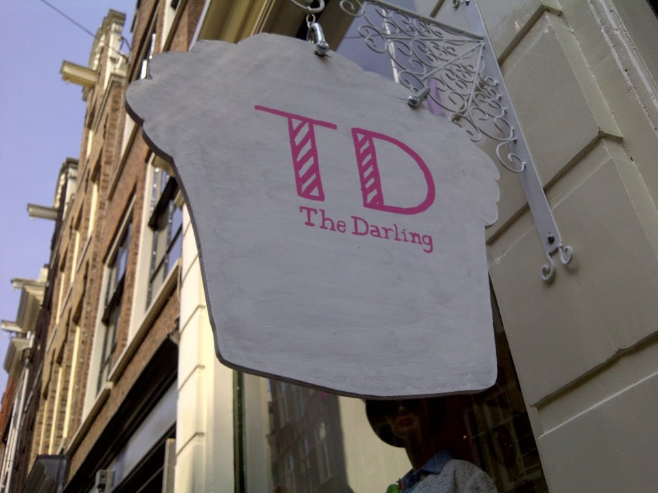 Meet and Eat: Discover a vintage and cupcake heaven at The Darling