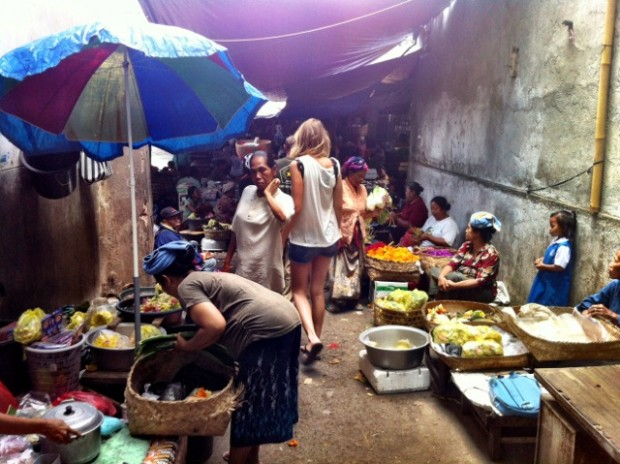 ikat market