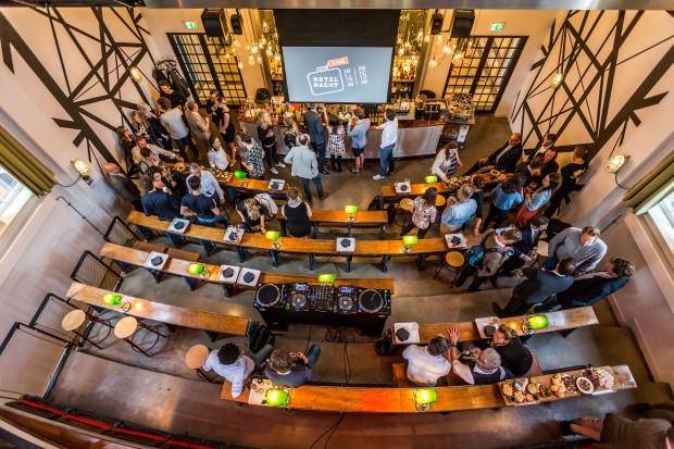 Hotelnacht 2017 kick-off borrel Generator Hostel Amsterdam